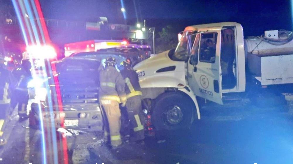 Choque en avenida Constituyentes deja siete heridos - Foto de @CoordinacionDM
