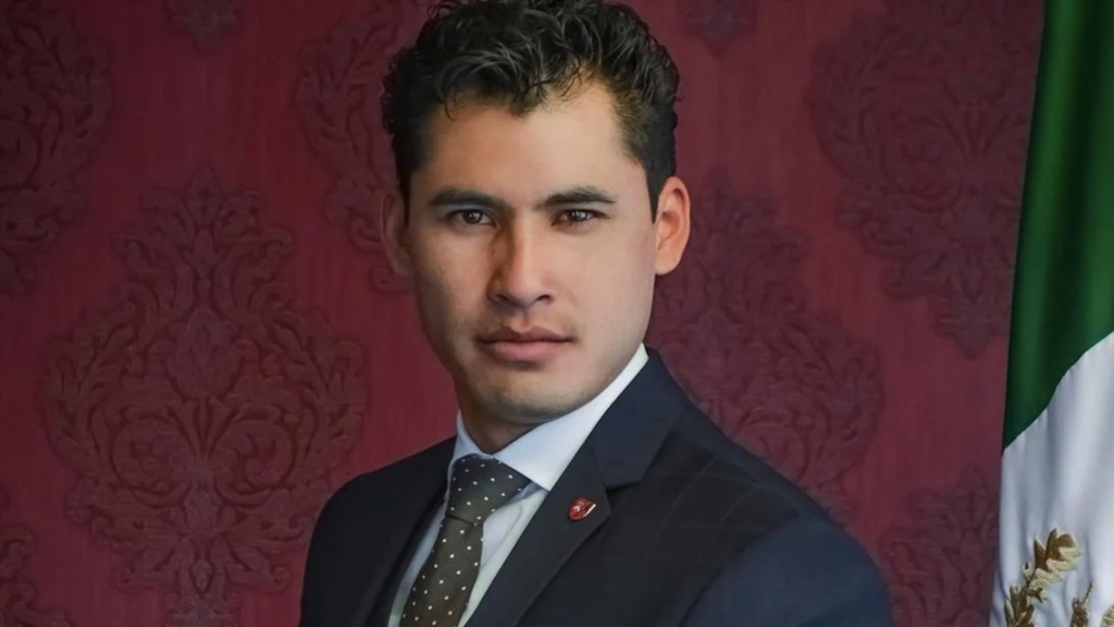 Detienen a exprecandidato a diputado en Puebla acusado de pedofilia - Foto de Facebook Elías Medel