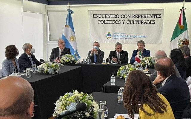 Políticos e intelectuales sostienen diálogo con el presidente Alberto Fernández - Encuentro Alberto Fernández políticos e intelectuales