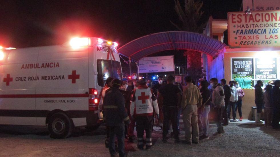 Desalojan por incendio a pacientes de Hospital Regional del Valle del Mezquital en Hidalgo - Foto de elhuaracheixmiquilpan.