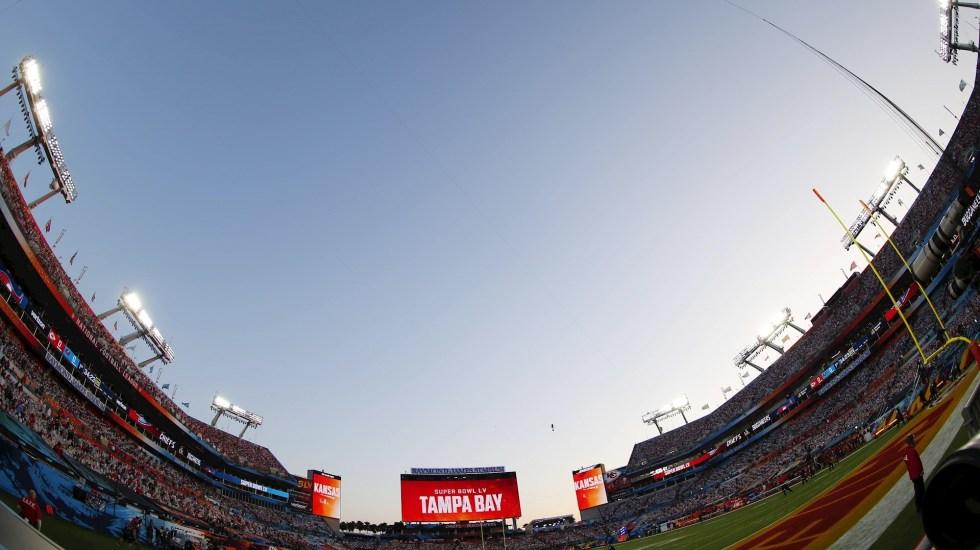 """Joe Biden con """"esperanza"""" de que el siguiente Super Bowl se juegue con estadio lleno - NFL Super Bowl Chiefs Buccaneers Kansas City"""