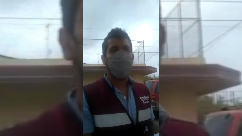 Asegura Gobierno de México que sujeto haciendo campaña con vacunas no es 'Servidor de la Nación' - Presunto Servidor de la Nación haciendo campaña a favor de Morena con vacunación contra COVID-19. Captura de pantalla