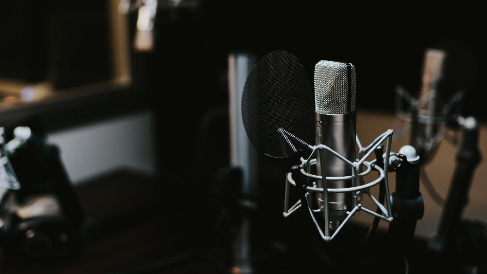 Academia Mexicana de la Radio ofrece herramientas de profesionalización - Foto de Jonathan Velasquez para Unsplash