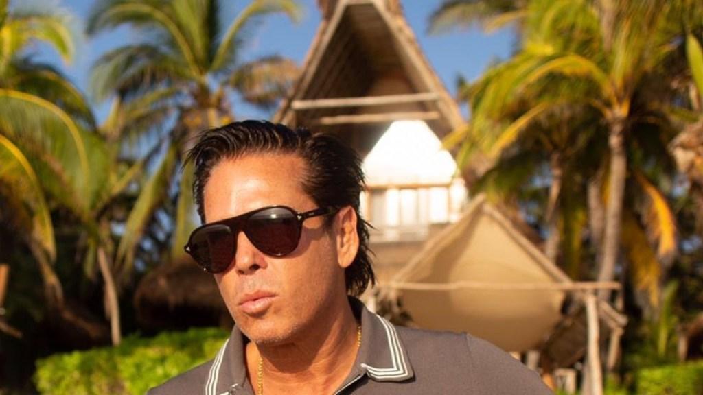 #Video Se incendia hotel de Roberto Palazuelos en Tulum - Roberto Palazuelos en su Hotel Ahau de Tulum. Foto de @robertopalazuelosbadeaux