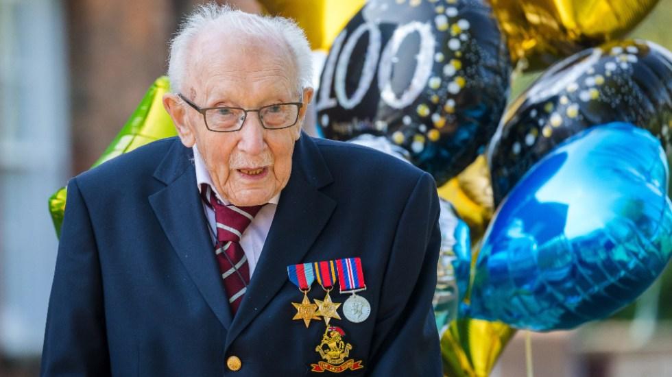"""Murió con 100 años """"Capitán Tom"""", icono británico de la lucha contra el COVID-19 - Foto de EFE"""