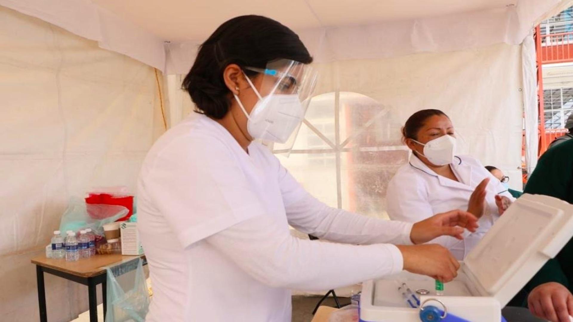 Que no te sorprendan: así engañan sobre vacunación en CDMX