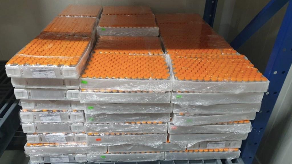 Vacuna CanSino que se envasa en México podría estar lista para finales de marzo: Ebrard - Foto de Twitter Martha Delgado