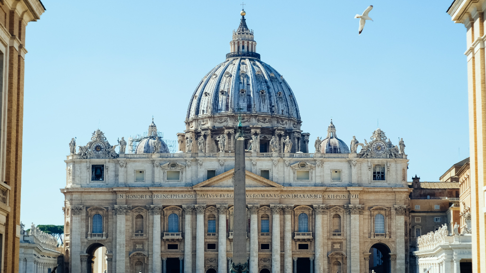 El Vaticano prevé un déficit de 49.7 millones de euros en 2021 por la pandemia - Vaticano Basilica de San Pedro