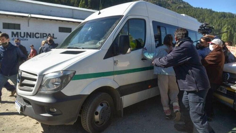 Cinco detenidos por la agresión al presidente argentino en Chubut - Foto de Clarín