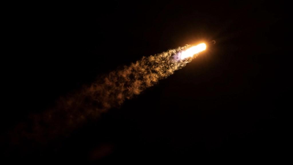 NASA y SpaceX se asocian para evitar colisiones entre sus naves y satélites - Foto de Twitter SpaceX