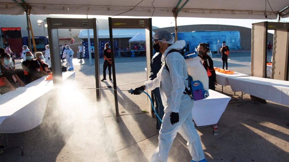México registró en las últimas 24 horas  mil 439 casos positivos y 234 muertos por COVID-19 - Foto de EFE