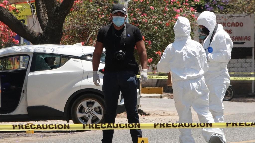 INE advierte interés de crear 'zozobra' con violencia electoral - Escena del crimen en Oaxaca por asesinato de la precandidata Ivonne Gallegos. Foto de EFE