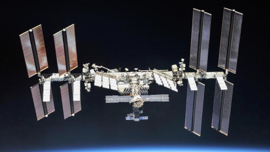 Descubren tres nuevas cepas de bacterias en la Estación Espacial Internacional - Foto de ISS