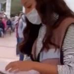 #Video Servidora de la Nación niega vacuna a adultos mayores 'ricos'; la apodan en redes #LadyProle