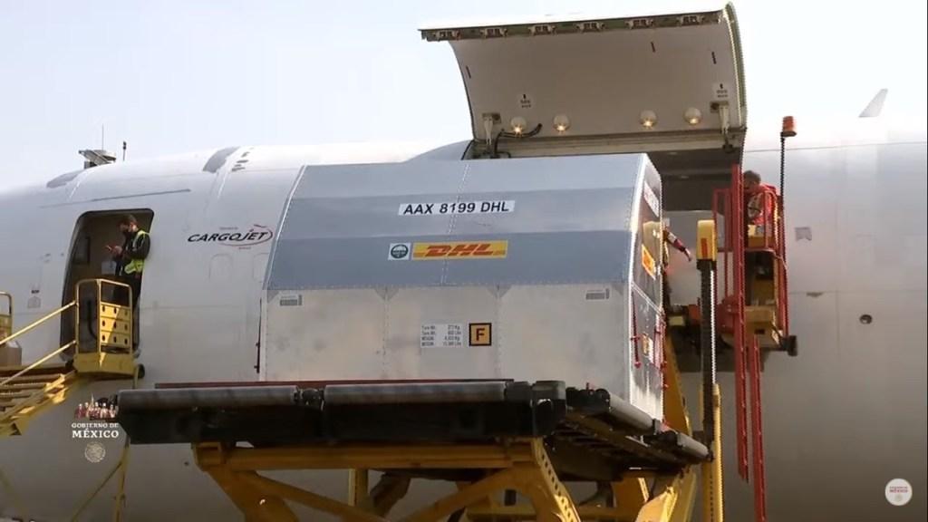 Llega a México nuevo embarque de 850 mil vacunas de Pfizer - Lote 18 de vacunas contra COVID-19 llegado a México. Captura de pantalla