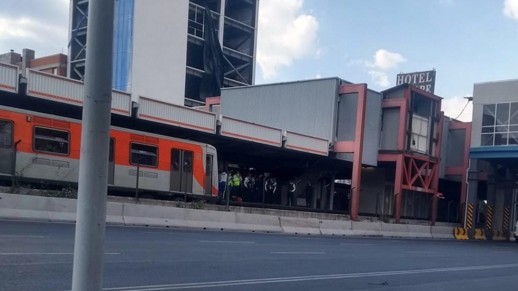 Hombre se arroja a las vías del Metro Villa de Cortés - Un hombre se arrojó a las vías del Metro Villa de Cortés. Foto de Facebook Vecinos Nativitas- Villa de Cortés