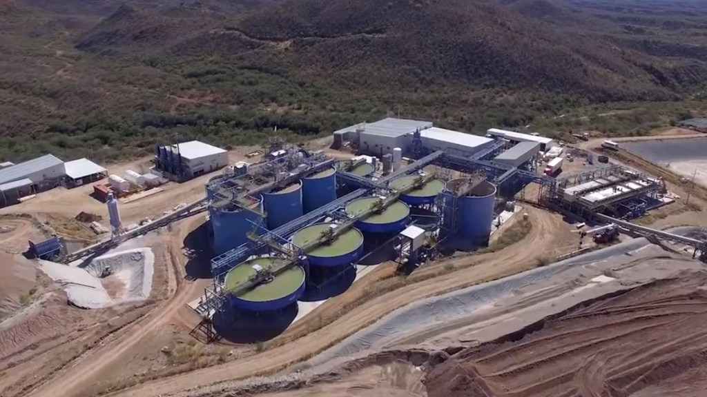 La minera canadiense First Majestic inicia arbitraje contra México bajo reglas del T-MEC - Mina Santa Elena de First Majestic en Sonora. Captura de pantalla