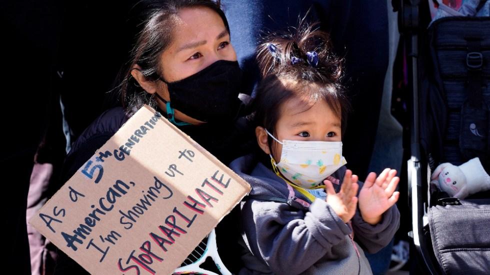 Protestas y vigilias en EE.UU. para rechazar racismo contra asiático-americanos - Foto de EFE