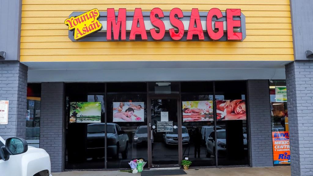 FBI se suma a investigación de tiroteos en Atlanta que dejaron 8 muertos - Salón de masaje asiático en Atlanta, Georgia. Foto de EFE
