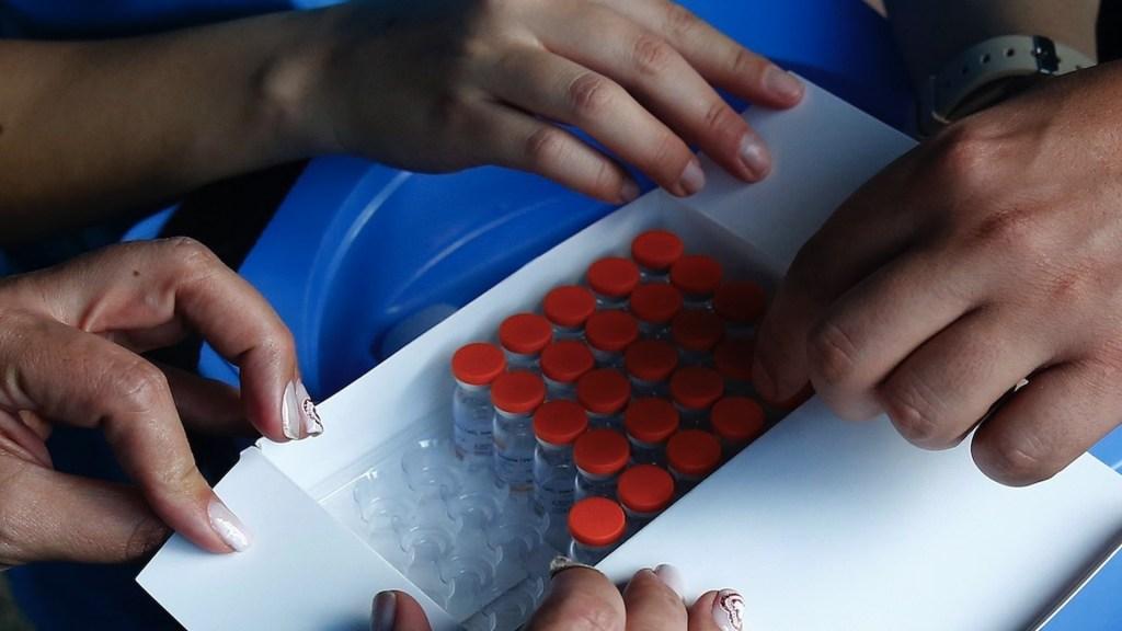Autorizan inicio de fase III a vacuna cubana contra COVID-19 - Foto de EFE