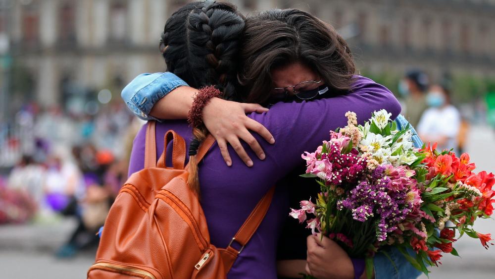 """Si no hay violencia, """"el verdadero movimiento feminista gana"""": AMLO - Foto de EFE"""