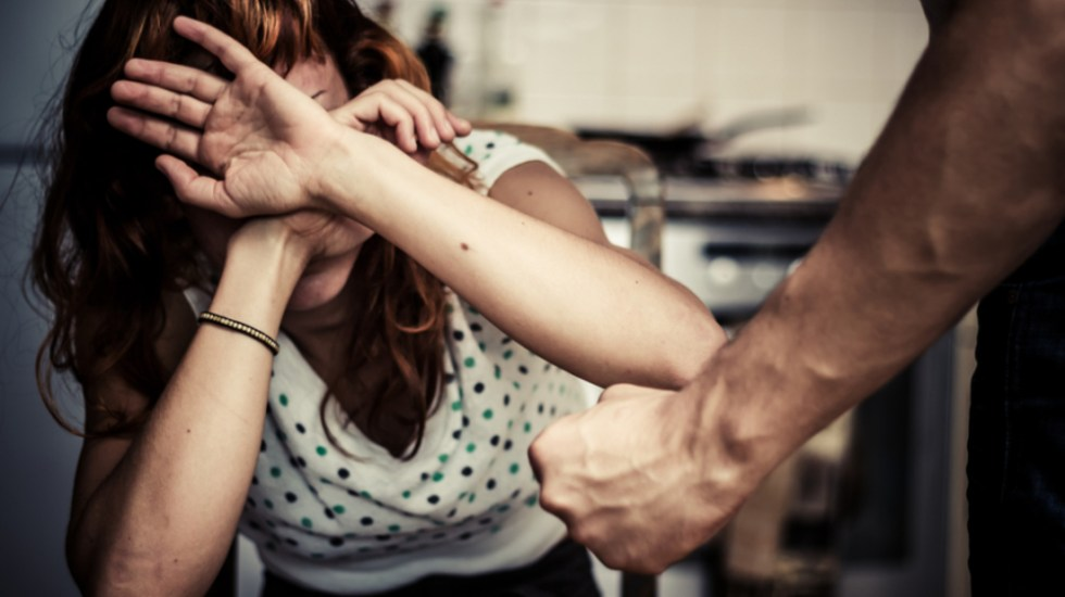 INE revisará que candidatos no tengan acusaciones por violencia de género; podrá cancelar registros - Violencia contra las mujeres. Foto de Senado de la República