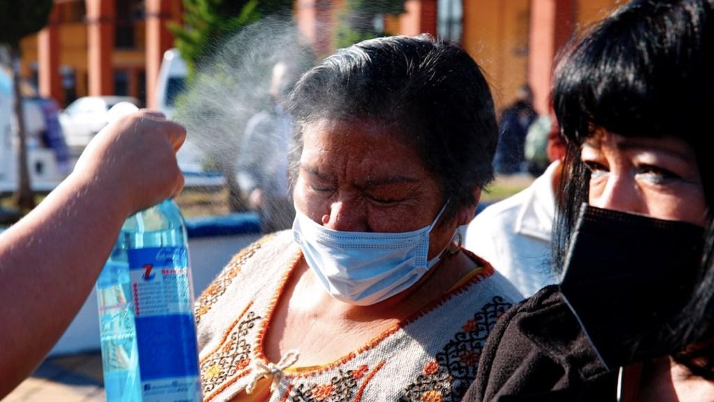 México registró en las últimas 24 horas 364 muertes y mil 627 casos de COVID-19 - Actualización de casos de COVID-19 en México. Foto de EFE