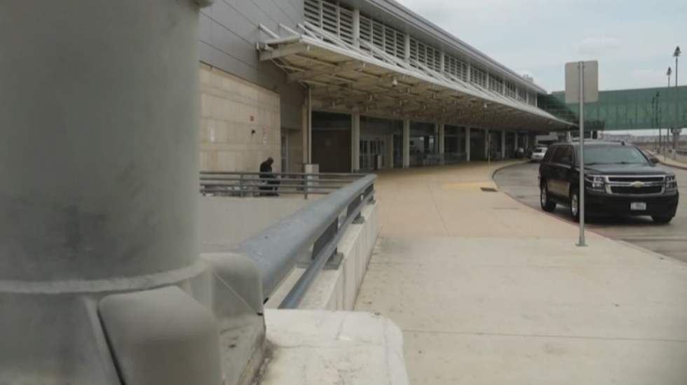 Aeropuerto Internacional de San Antonio bajo cierre por tiroteo - Aeropuerto San Antonio Texas