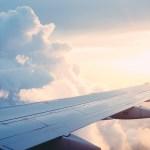 Segunda jornada del Salón Internacional de Aviación y del Espacio en Moscú - Avión vuelo
