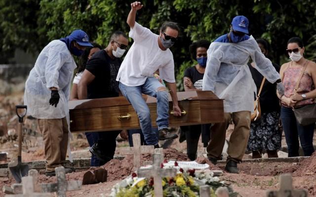 Brasil rebasa los 400 mil muertos por COVID-19 con hospitales saturados - Brasil muertos COVID-19 coronavirus pandemia epidemia coronavirus