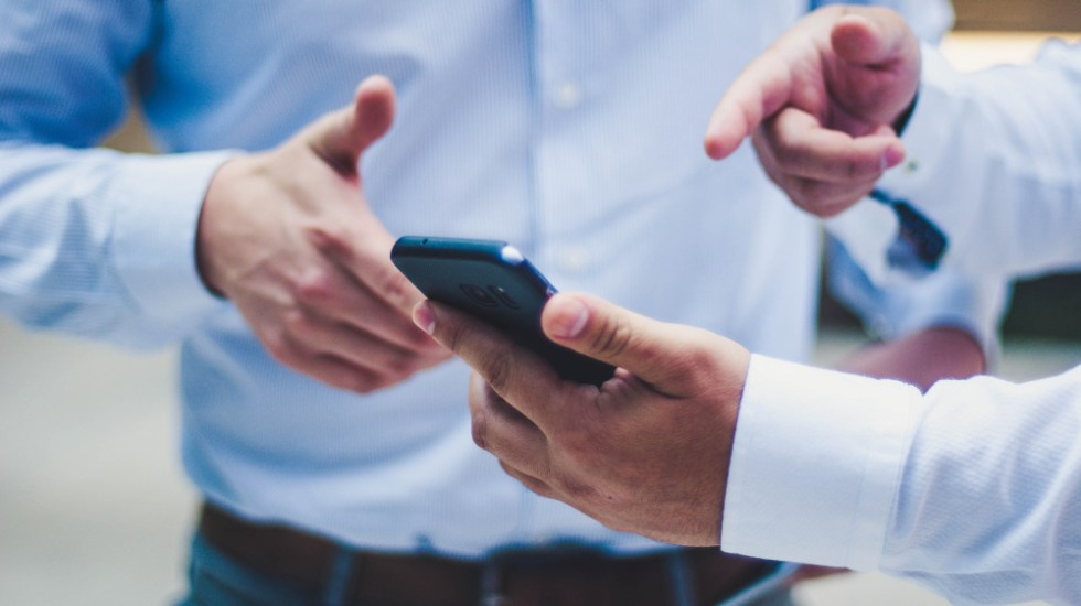 Juez concede dos suspensiones definitivas contra padrón de celulares - celular celulares
