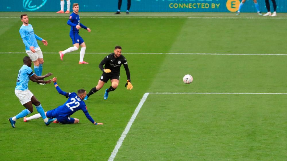 El Chelsea evita el póker de títulos de Guardiola en Inglaterra - Chelsea Manchester City