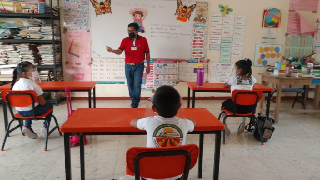 Alumnos de Campeche retoman clases presenciales - Clases presenciales en Campeche. Foto de @MayavisionTV