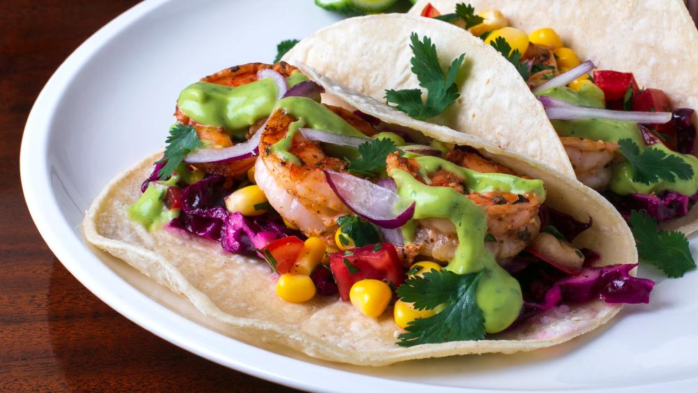 Estudio concluye que comida sabe mejor si la vemos antes de olerla - comida tacos
