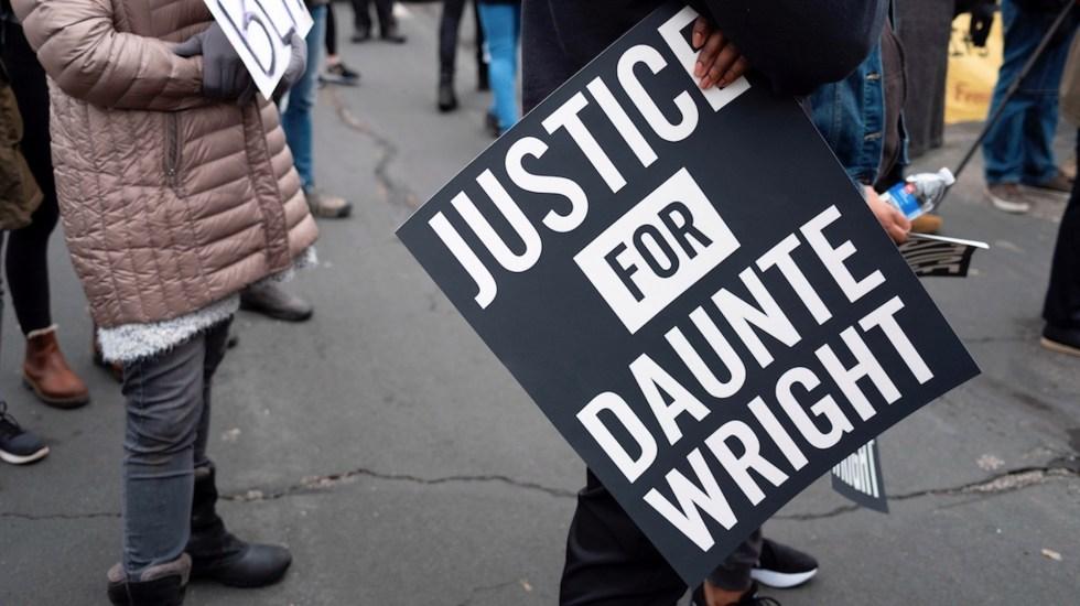 Toque de queda en ciudad de EE.UU. tras muerte de afroamericano - toque de queda asesinato del joven afroamericano Daunte Wright en Minnesota. Foto de EFE