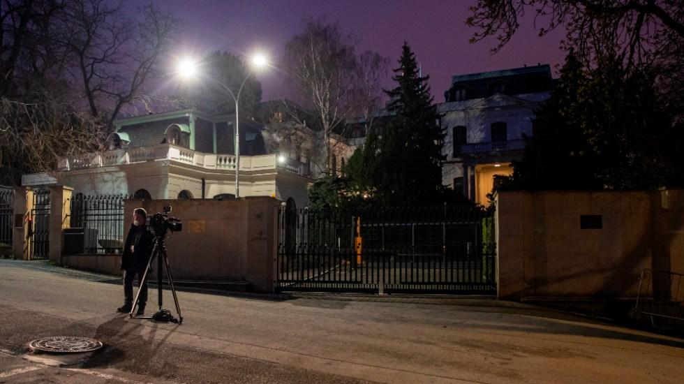 República Checa expulsa por espionaje a 18 empleados de embajada rusa - Embajada Rusia República Checa