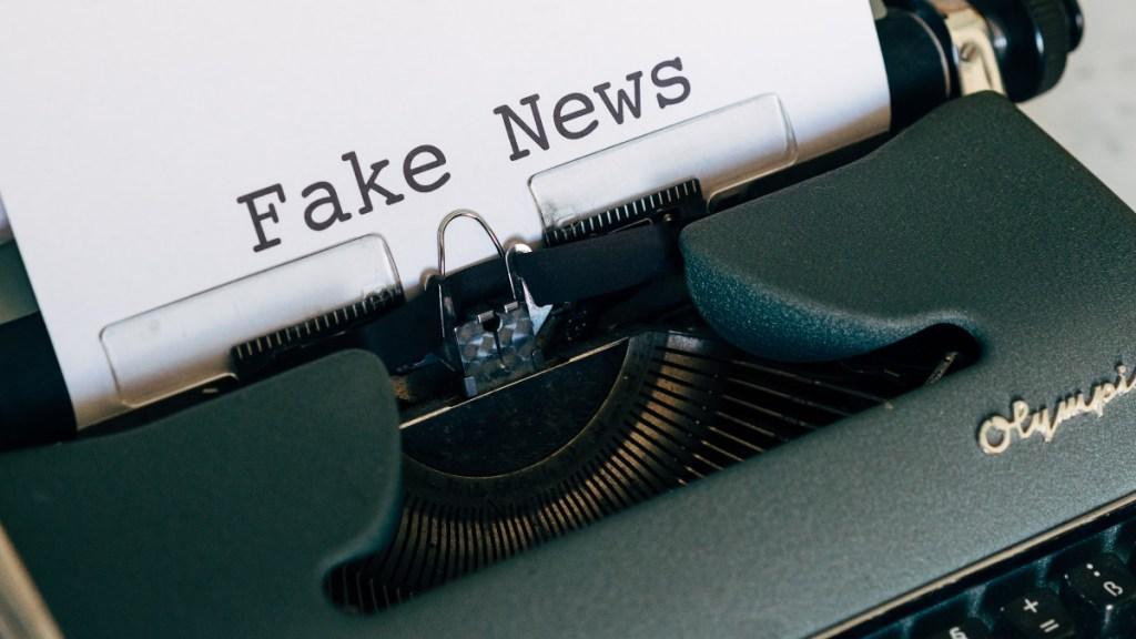 'Fake news' deben combatirse con información, asegura Lorenzo Córdova - Fake News noticias falsas