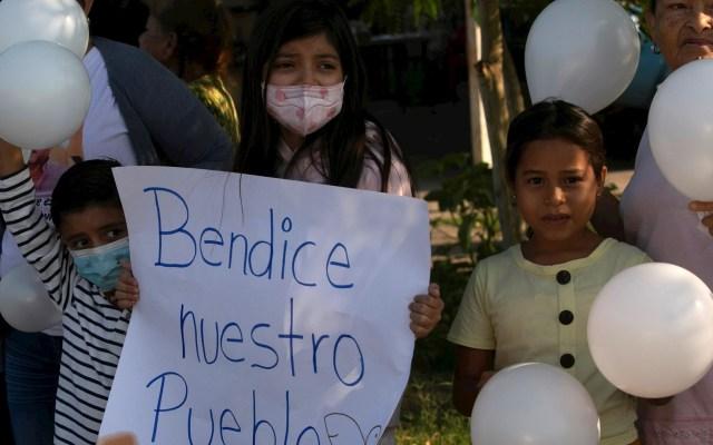 Habitantes de Aguililla solicitarán asilo político a Estados Unidos - Franco Coppola Aguililla Visita 4
