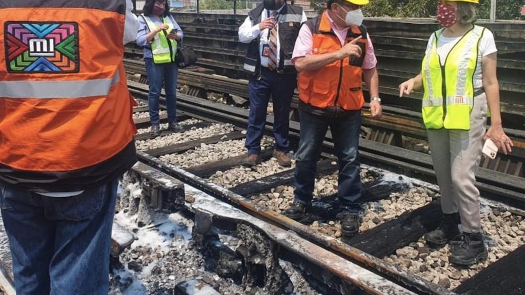 Restablecen servicio en la Línea 4 del Metro tras incendio - Incendio en la Línea 4 del Metro. Foto de Twitter @MetroCDMX