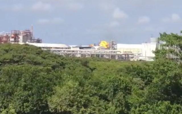 Explosión en Complejo Petroquímico Pajaritos, en Veracruz, desata incendio - Incendio Pajaritos Coatzacoalcos Veracruz