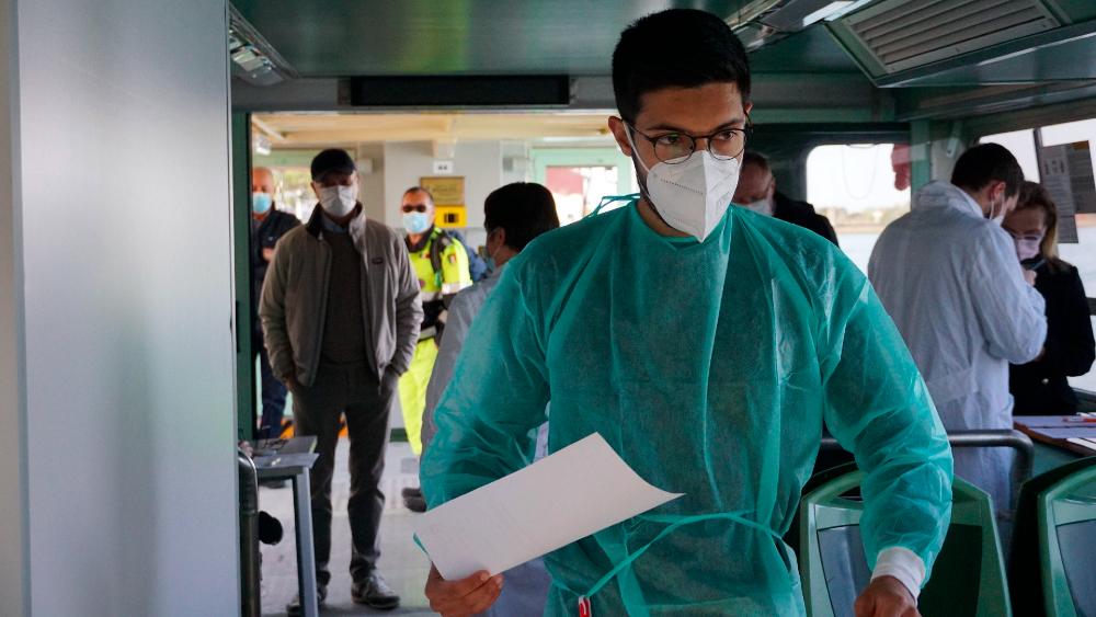 El mundo supera los 130 millones de casos por COVID-19 - Italia coronavirus covid (1)