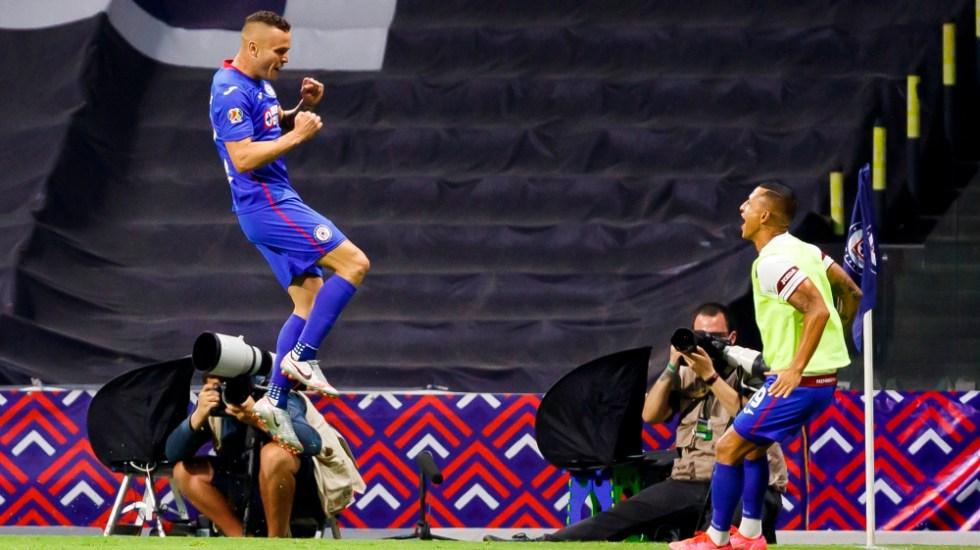 Cruz Azul empata récord de 12 triunfos seguidos en futbol mexicano - Jonathan Rodriguez Cabecita Cruz Azul