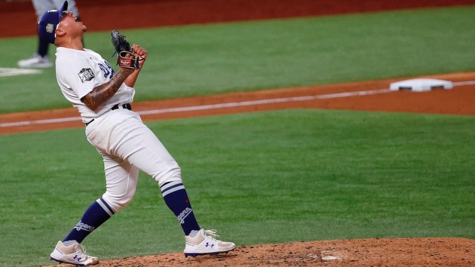 Urías brilla y los Dodgers blanquean a Marineros por 1-0 - El mexicano Julio Urías. Foto de EFE