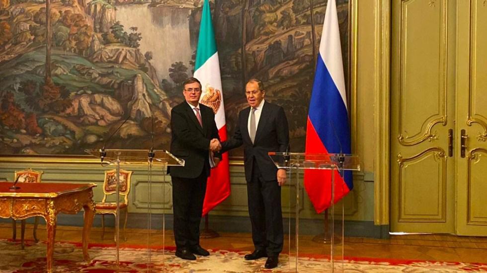 México y Rusia estrechan colaboración a 130 años de relaciones bilaterales - Marcelo Ebrard y Serguéi Lavrov. Foto de SRE