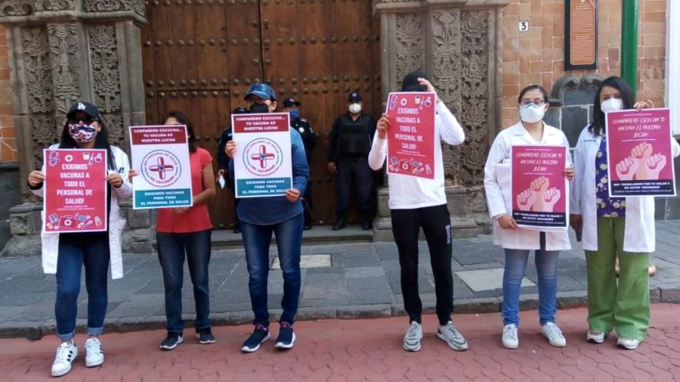 Médicos privados exigen al Gobierno de México recibir vacuna contra COVID-19 - Médicos privados exigen vacuna contra COVID-19 en Tlaxcala. Foto de @AlertaVigilante