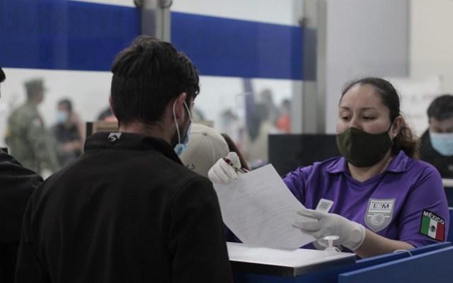 El 53.5 por ciento de solicitantes de asilo en México migran debido a las pandillas - Migrantes atendidos por personal del Instituto Nacional de Migración. Foto de Inami