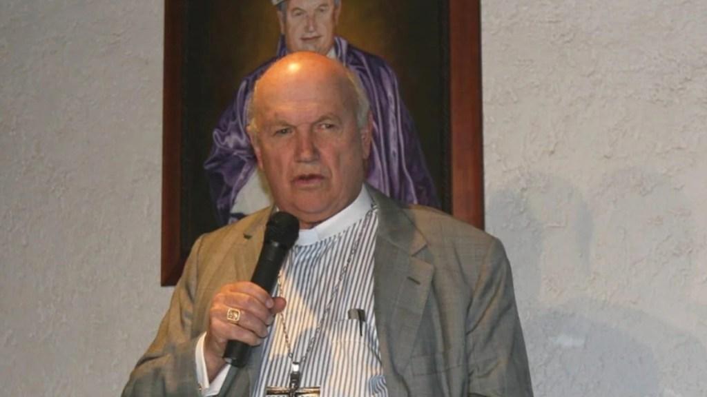 Onésimo Cepeda, exobispo de Ecatepec, buscará diputación en Edomex - Onésimo Cepeda como obispo de Ecatepec. Foto de El Universal