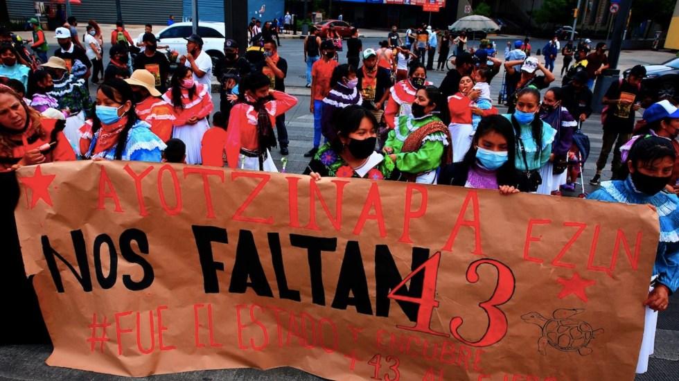 Padres de normalistas de Ayotzinapa realizarán jornada de búsqueda - Padres de los normalistas de Ayotzinapa realizarán una jornada de búsqueda. Foto de EFE