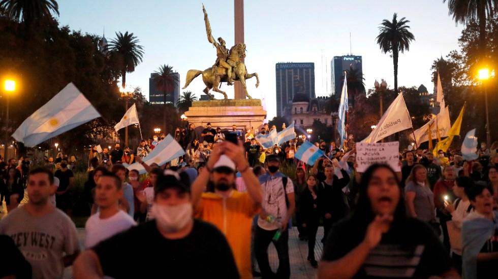 Protestan en Buenos Aires contra medidas por segunda ola de COVID-19 - protestas Buenos Aires Argentina restricciones COVID19 coronavirus