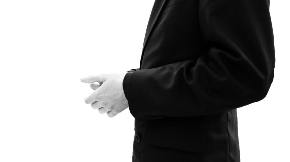 "Nuncio Coppola admite que miembros de la Iglesia ""encubrieron"" abusos - sacerdote iglesia católica"
